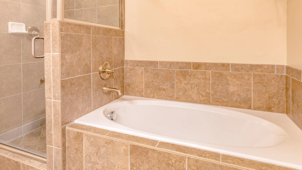 木津川市の風呂の交換・気になる費用相場と注意ポイント