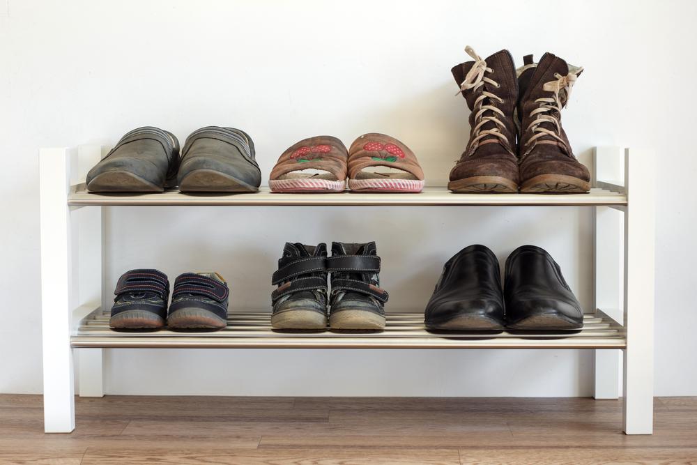 玄関の収納量をアップするアイテムとコンパクト収納のコツ