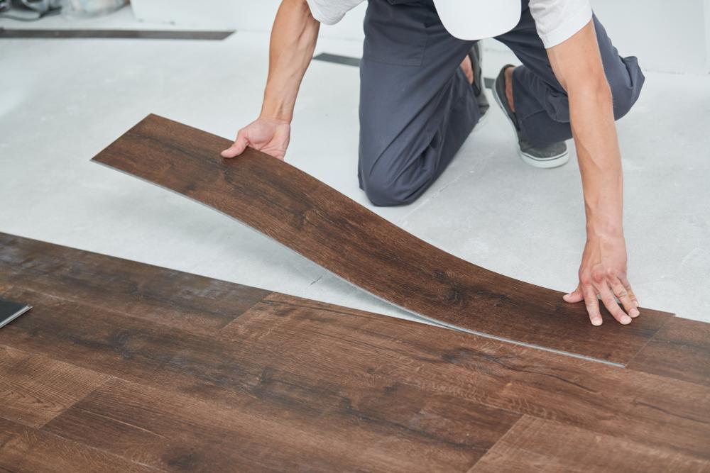 フローリングのリペア方法・DIYでできるプロ並みの技とは?