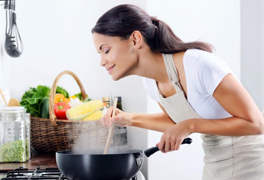 キッチンのアイレベル収納とは?特徴や魅力について
